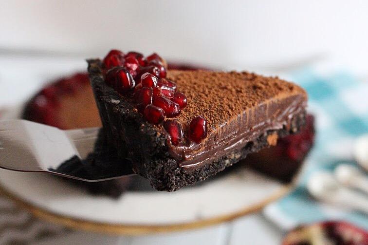 WEISS POMEGRANATE CHOCOLATE TART