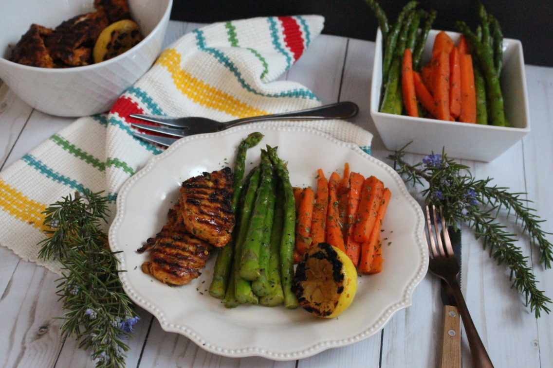 MAPLE GLAZED ASPARAGUS AND CARROTS WITH CHICKEN BREAST