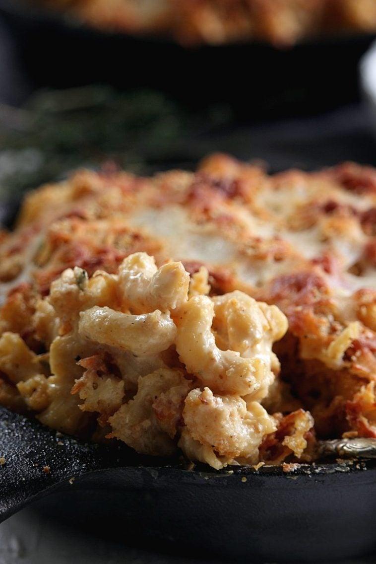 Cauliflower Mac and Cheese (with cauliflower sauce)